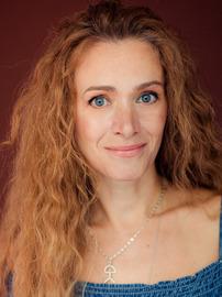 Anna Zhara